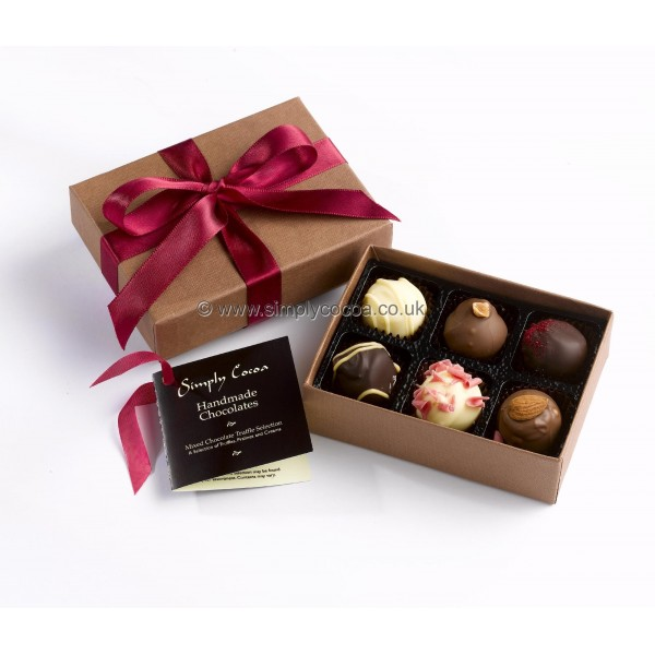 Chocolate Gift Boxes Packaging Uk : Simply cocoa small mixed chocolate truffle gift box